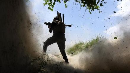 Al menos 22 muertos en un ataque contra una base militar afgana
