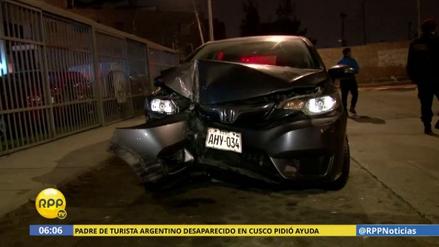 Un chofer se quedó dormido y estrelló su automóvil contra un poste