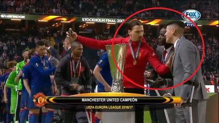 Ibrahimovic apartó a Marcos Rojo de su selfie tras ganar la Europa League