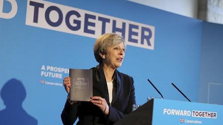 El Reino Unido suspendió la campaña electoral tras el atentado