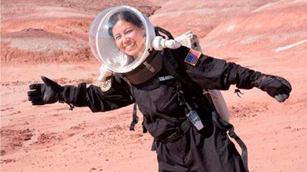Una ingeniera aeroespacial del Cusco promueve becas en la NASA para peruanos