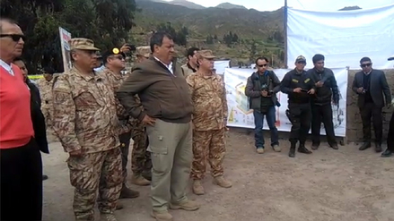 Ministro de Defensa supervisó labores contra heladas en Tacna