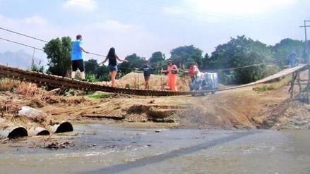 Chiclayo: quedó reinstalado el puente colgante sobre el río Zaña