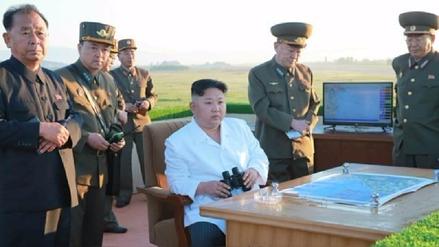 Corea del Norte lanzó un nuevo misil como parte de un ensayo de defensa militar