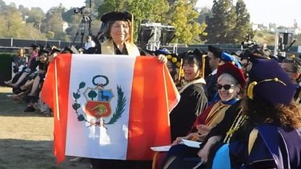 A sus 70 años, esta peruana obtuvo el grado de doctora en Estados Unidos