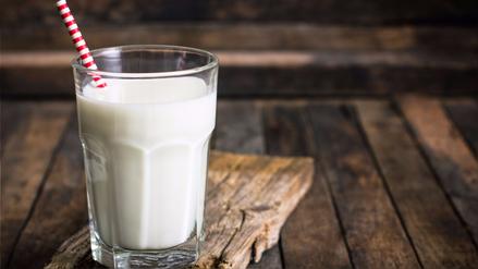 """Elmer Huerta: """"La leche de almendras o de soya no es leche"""""""