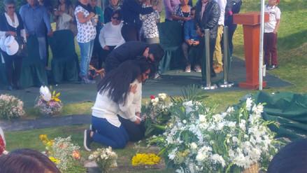 Sepultan restos de niño que murió por asfixia en colegio de Arequipa