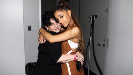 Mamá de Ariana Grande se expresa sobre el atentado en Manchester