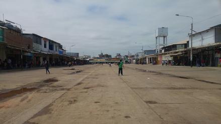 Desalojan a ambulantes de vías públicas de mercado en Piura