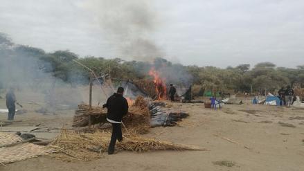 Desalojan a más de 400 familias que invadieron zona arqueológica de Mochumí