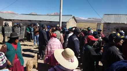 Comuneros Kallapuma agredieron a gobernador de Tacna