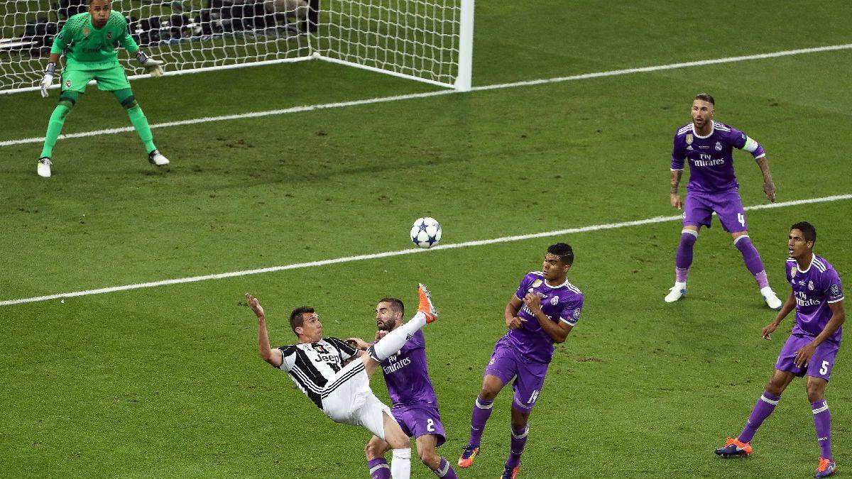 El golazo de forma acrobática de Mario Mandzukic al Real Madrid