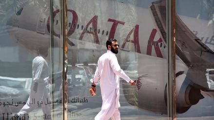 Qatar Airways suspendió sus vuelos a cuatro países que cortaron relaciones