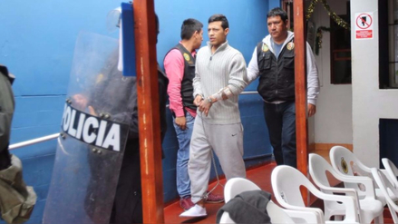 Hombre implicado en seis asesinatos dejó la prisión por arresto domiciliario