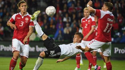 Alemania se salvó de perder ante Dinamarca con un golazo de chalaca