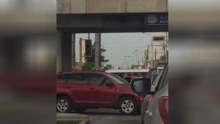 Surquillo: Semáforos malogrados causan congestión vehicular