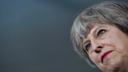 Theresa May ganó elecciones en Reino Unido pero perdió la mayoría absoluta