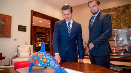 DiCaprio y Peña Nieto firman compromiso para salvar a la vaquita marina