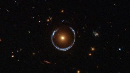 El anhelo de Einstein se cumple: pesan estrella con Teoría de la Relatividad