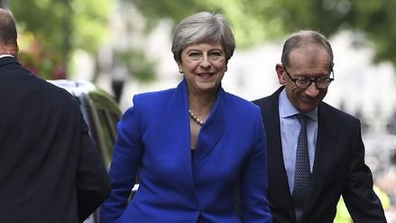 May llegó a un principio de acuerdo para seguir siendo primera ministra del Reino Unido