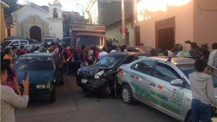Un hombre perdió la pierna en quíntuple choque en Ayacucho