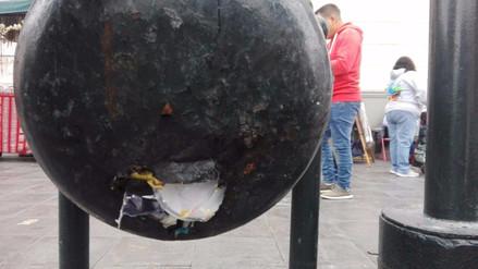 Basureros de Alameda Chabuca Granda presentan gran deterioro