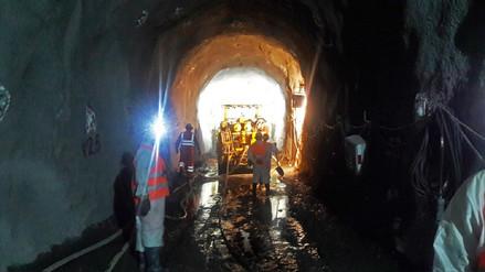 Autoridades supervisan reinicio de trabajos en proyecto Alto Piura
