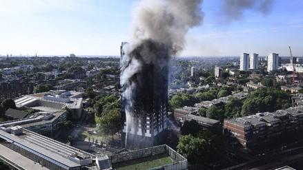 Al menos 30 muertos por el incendio de un edificio de 24 pisos en Londres