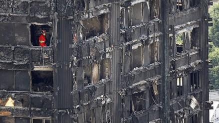 La Policía elevó a 58 los muertos por el incendio de Londres