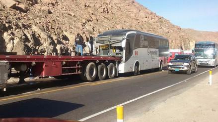 Bus de Orquesta Internacional protagoniza cuádruple choque en Arequipa