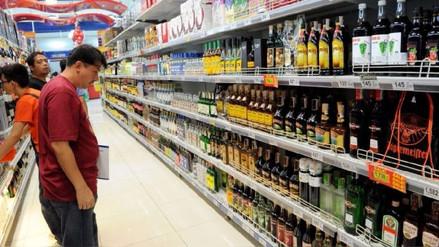 Aunque bebas poco, el alcohol daña tu cerebro, según estudio