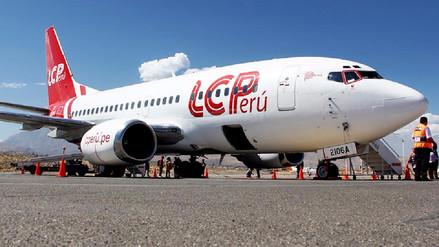 Empresa aérea ofrecerá medio pasaje para universitarios