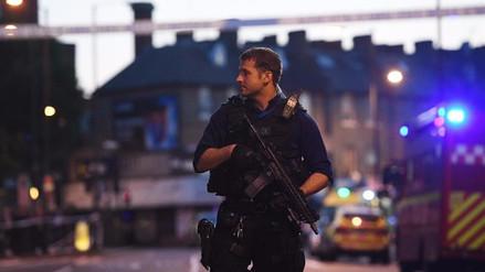 Un muerto y ocho heridos en atropello cerca de una mezquita en Londres