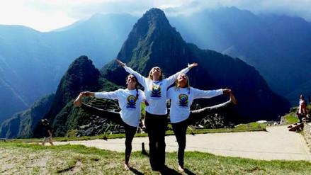 Embajador de India celebró Día Internacional del Yoga en Machu Picchu