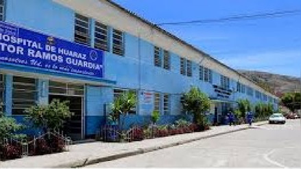 Médicos de hospital Víctor Ramos Guardia acatan 48 horas de paro