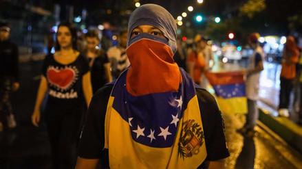 Oposición venezolana llama a rebelión contra gobierno de Maduro
