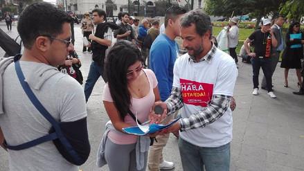 Colectivo entregó 30 mil firmas al JNE para que Luis Castañeda rinda cuentas