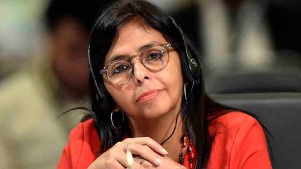 Delcy Rodríguez deja la cancillería para postular a Constituyente de Maduro