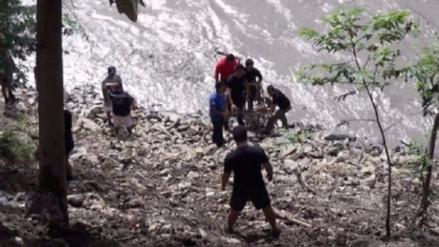 Dos menores murieron tras caer por un barranco en Marcapata