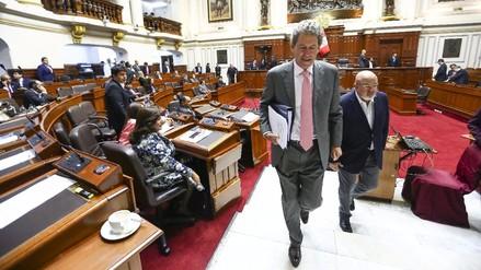 Alfredo Thorne renunció al ministerio de Economía y Finanzas