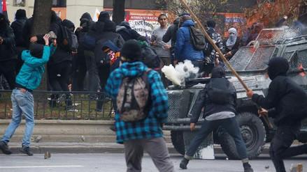 Al menos 50 detenidos en protestas estudiantiles en Chile