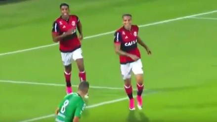 Paolo Guerrero anotó para Flamengo en el duelo ante Chapecoense
