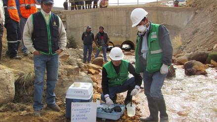 Rechazan informe de OEFA por contaminación de cuenca Llallimayo