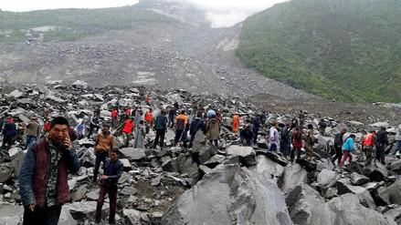 Un alud sepulta un pueblo en China y deja 120 desaparecidos