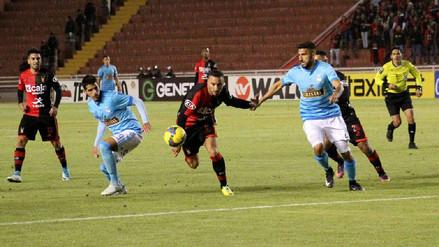 Con gran actuación de Emanuel Herrera, Melgar goleó a Sporting Cristal