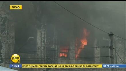Nuevas explosiones reavivan el fuego en galería Nicolini