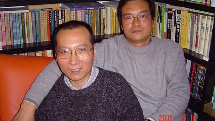 China liberó a Nobel de la Paz Liu Xiaobo, que sufre de cáncer terminal