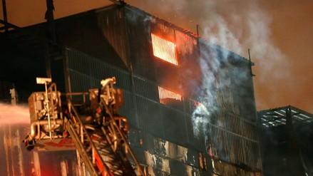Reavivó el fuego en el quinto piso de la galería Nicolini