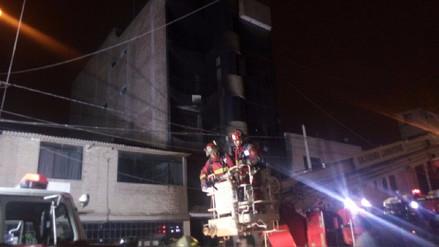 Incendio en edificio dejó tres muertos en Chiclayo