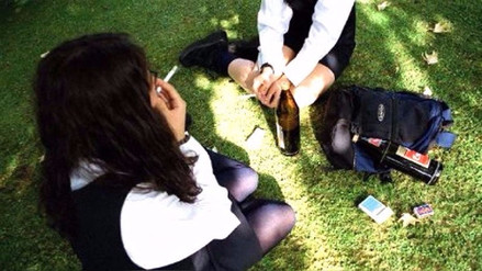 Unos 47 mil escolares de Perú consumen marihuana y otros 20 mil cocaína